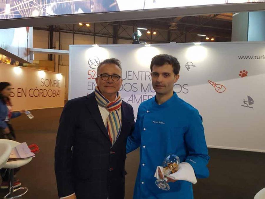 """Actualidad Actualidad El chef Javier Fuster presenta en Fitur el plato """"Sinfonía de Sabores a Huelva"""" en homenaje a la Capital Española de la Gastronomía 2017"""