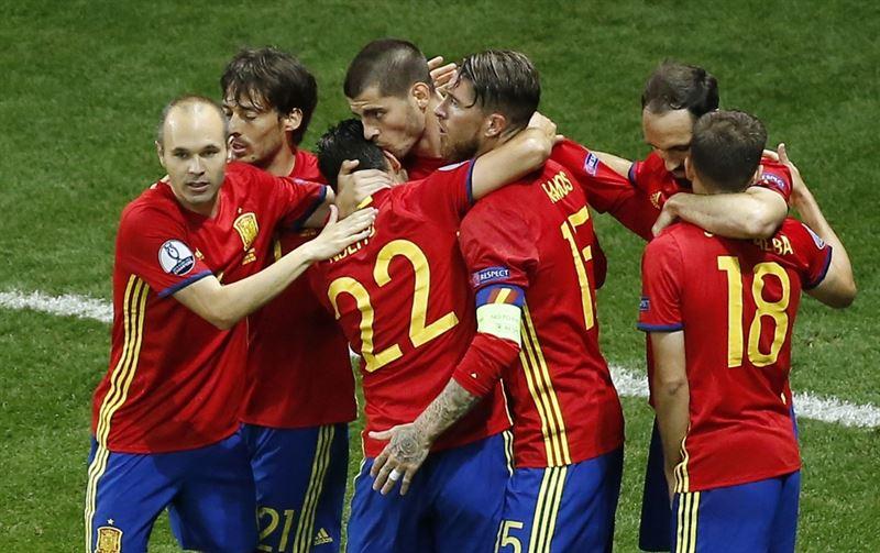 Deportes Deportes España brilla camino de octavos