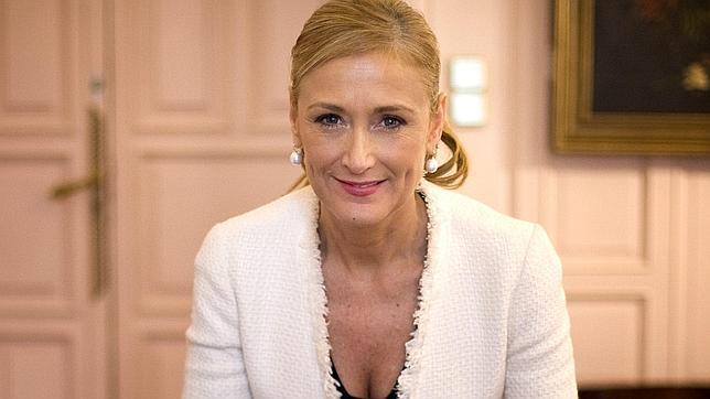 """Actualidad Actualidad Cristina Cifuentes: """"No subiré los impuestos porque lo pida la presidenta de Andalucía"""""""