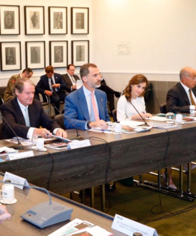 Actualidad Actualidad Felipe VI y Letizia, junto con Antonio Banderas, apoyan a los jóvenes emprendedores