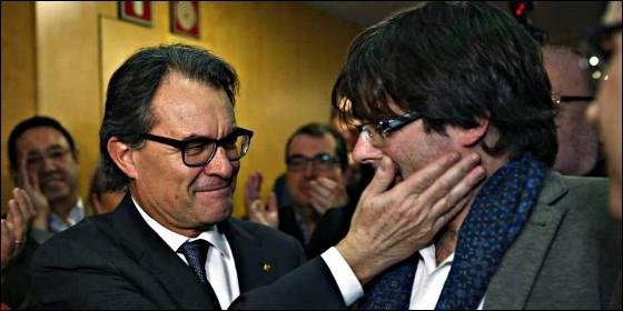 Actualidad Actualidad Así es la máquina de propaganda de la Generalitat: más de 300 millones anuales de dinero público