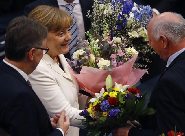 Actualidad Actualidad Merkel inicia su cuarto mandato tras el voto favorable del Bundestag